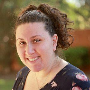 Angela Singer, MFT Trainee